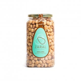 Blanched and roasted hazelnuts