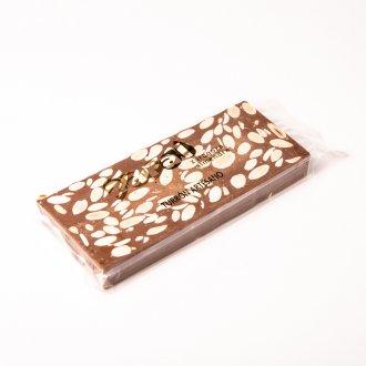 Turrón chocolate con leche y almendras